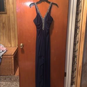 Beautiful long navy prom dress with gem straps !